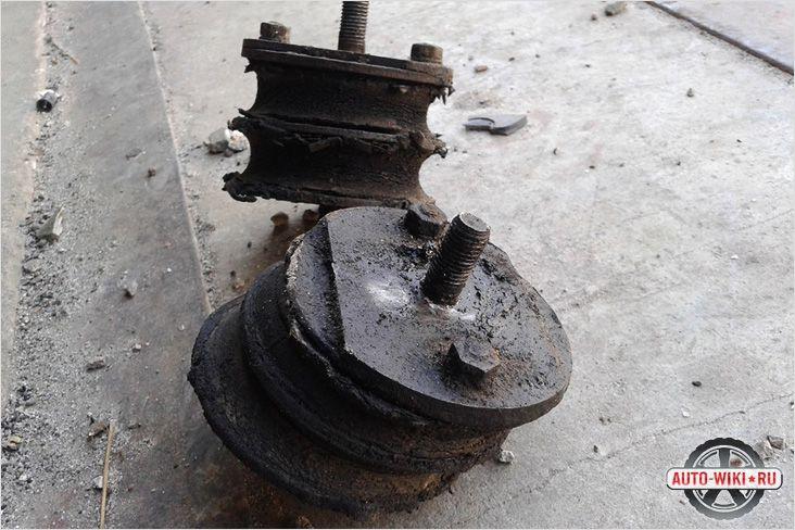 устройство гидравлических подушек двигателя мерседес