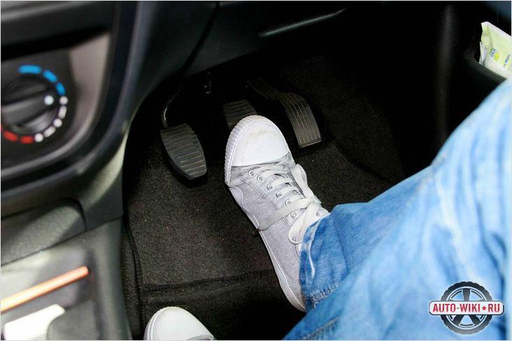 Проверяем тормоза