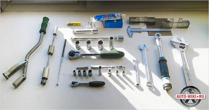 Инструменты для замены маслосъемных колпачков