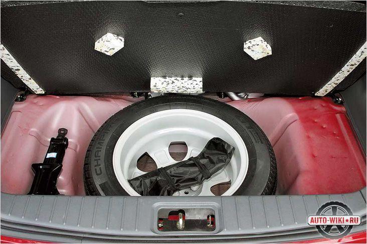 Стук в багажнике